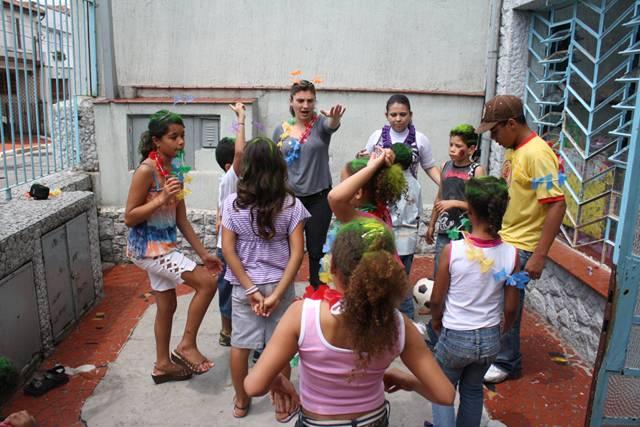 Parceria Abecom: ONG Maria Maymard - Festa Dia das Crianças
