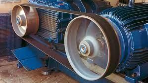 motor com polia acionada por correia