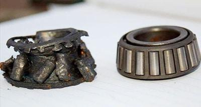 rolamento de rolo cônico quebrado